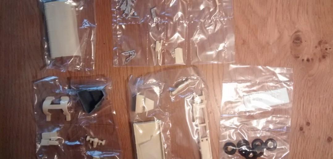Hier alle Einzelteile des Bausatzes LANCIA 3RO von DOC Military