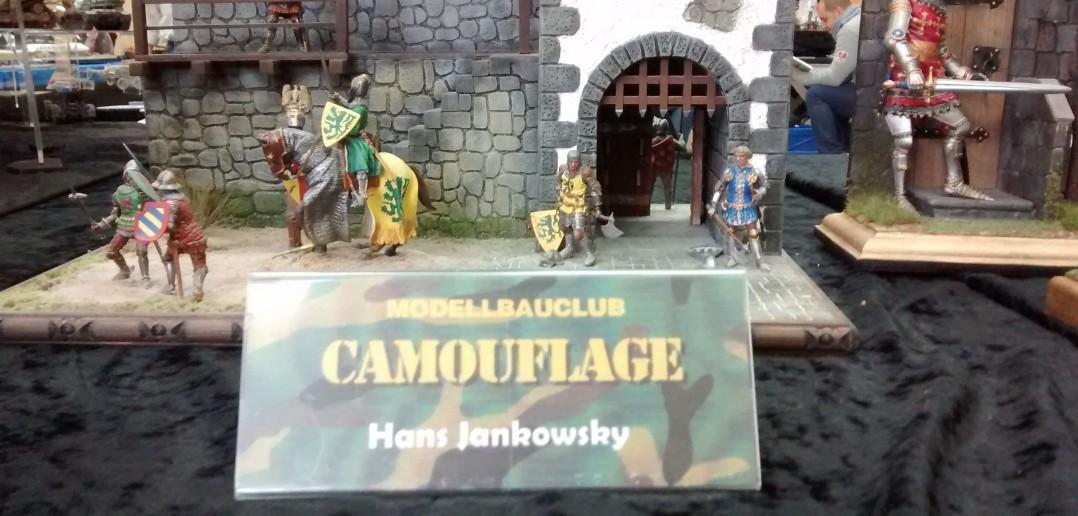 Mittelalterliche Burg des Modellbauclubs Camouflage