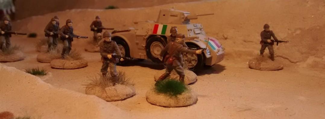Der Autoblinda 43 bei der Aufklärung mit begleitender Infanterie