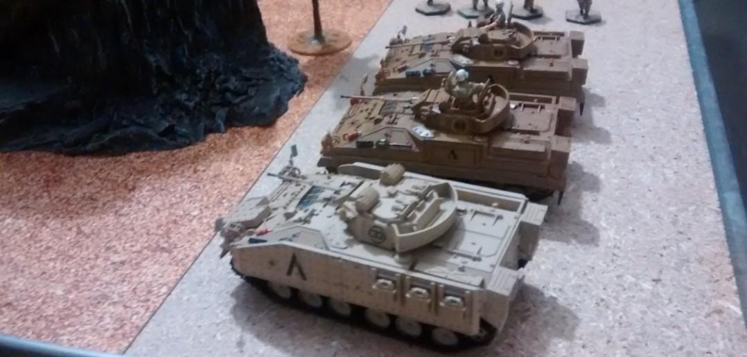 Die gepanzerten Fahrzeuge der Briten.