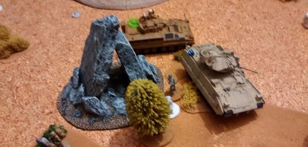 Die Warrior der Briten hatten ganz großes Pech. Viel Panzerung und wenig Würfelglück brachten den gesamten britischen Vorstoß zum Erliegen.