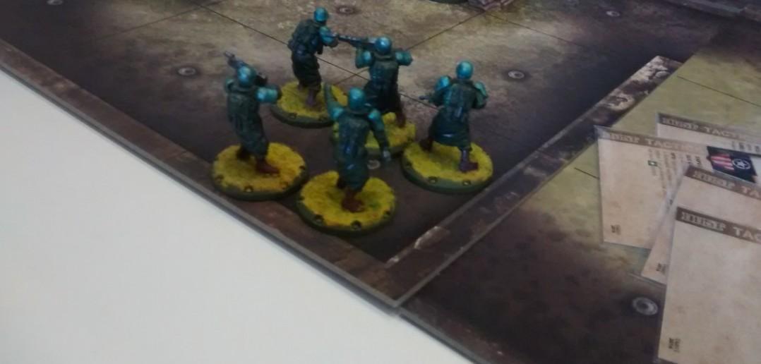 Einige Warrior von Paolo Parentes Dust Tactics.
