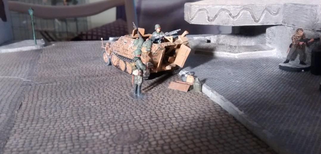 Das Widerstandsnest WN 27 mit der nach drei Seiten schwenkbaren 50mm-Pak.