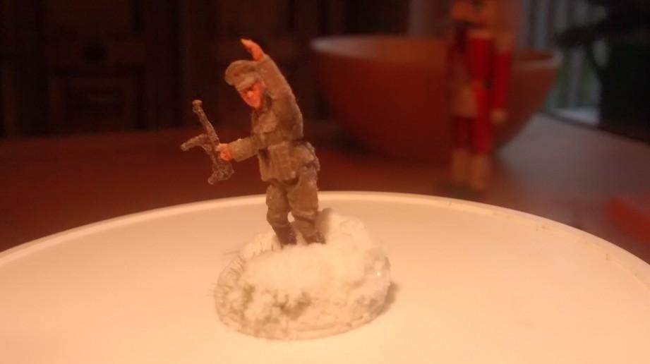 Der gleiche Infanterie-Offizier, aus anderem Blickwinkel.