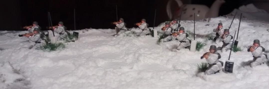 Die 12 Funker für die Grenadier-10er-Trupps.