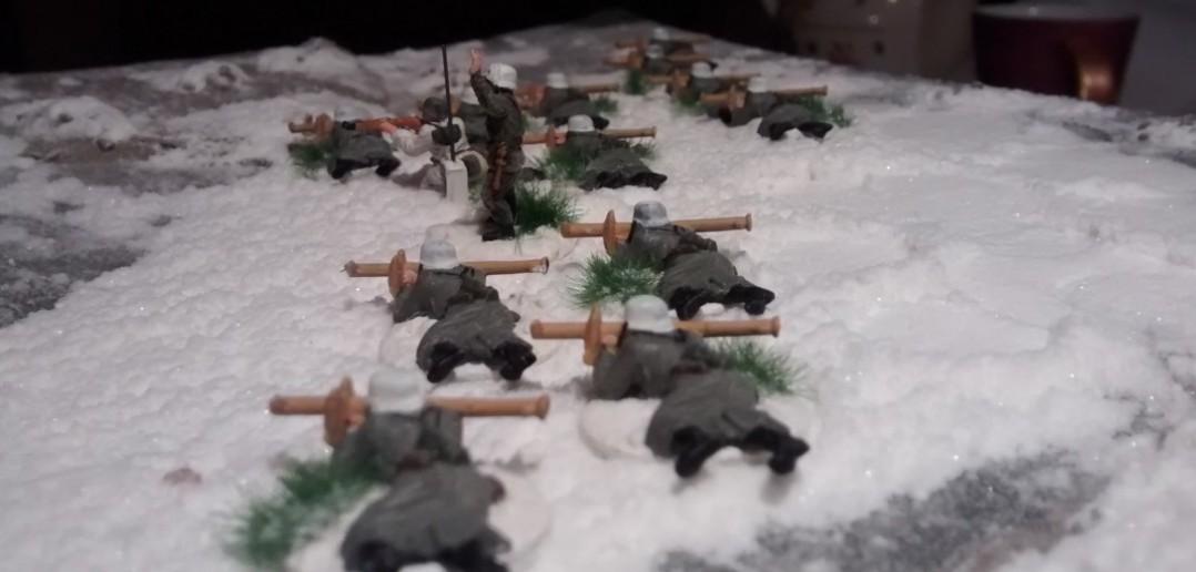 Die 12 Panzerschreck-Schützen liegen hier natürlich etwas verquer.