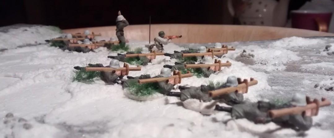 Und hier nochmal die Panzerschreck-Schützen von rechts.