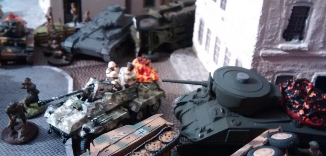 Ein Panzer IV schiebt nach.