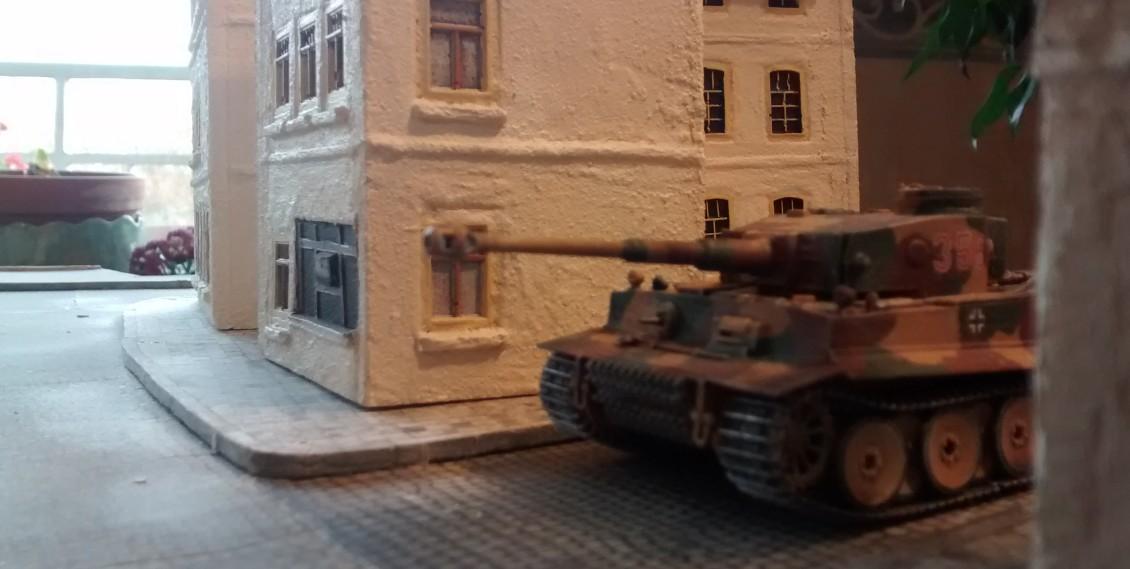 "Ausgangsposition des Tigers: die ""Rue DuTigre"", nahe dem Strand."