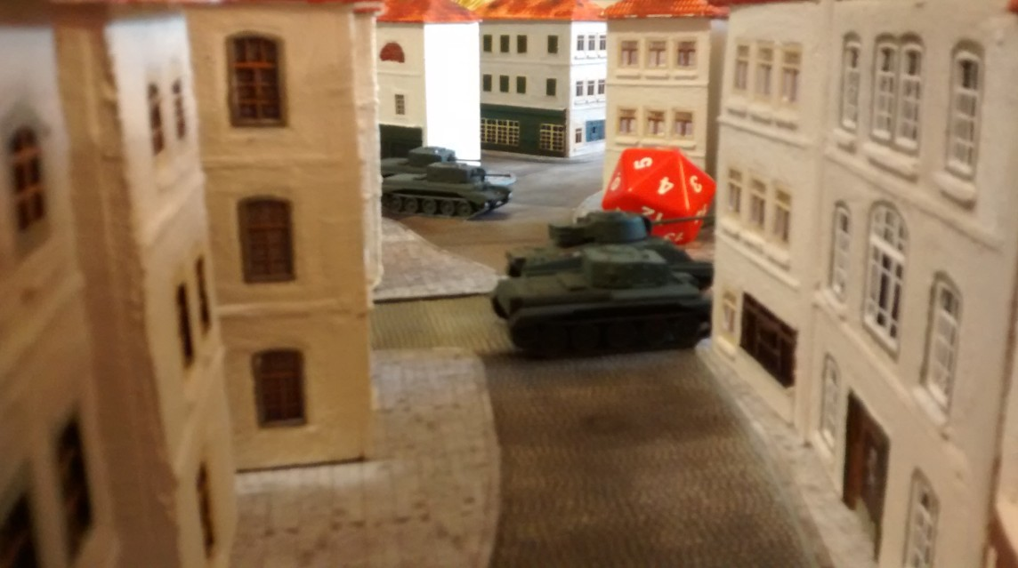 Sherman und ein Cromwell ziehen stadteinwärts