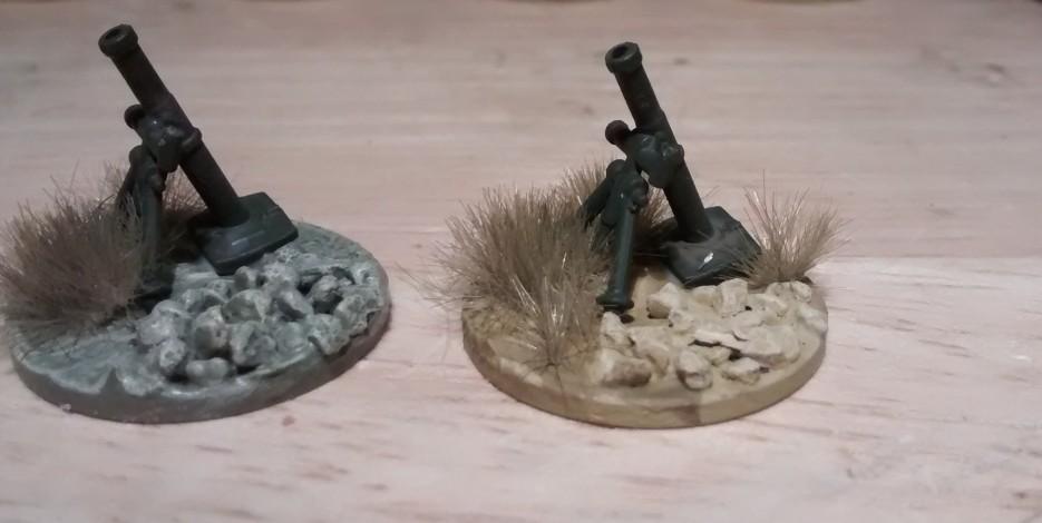 """Von links nach rechts: Farbversuche """"Schilfgrün"""" und """"Sand"""" (Revell AQUACOLOR)"""