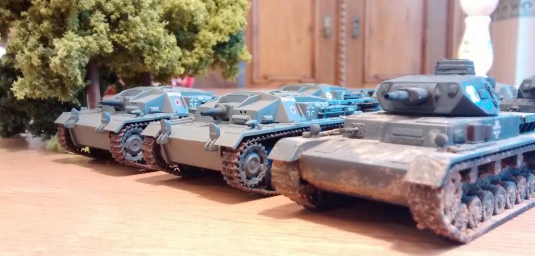 """Die StuG III sind waffentechnisch unterlegen und vergleichsweise """"dünnhäutig""""."""