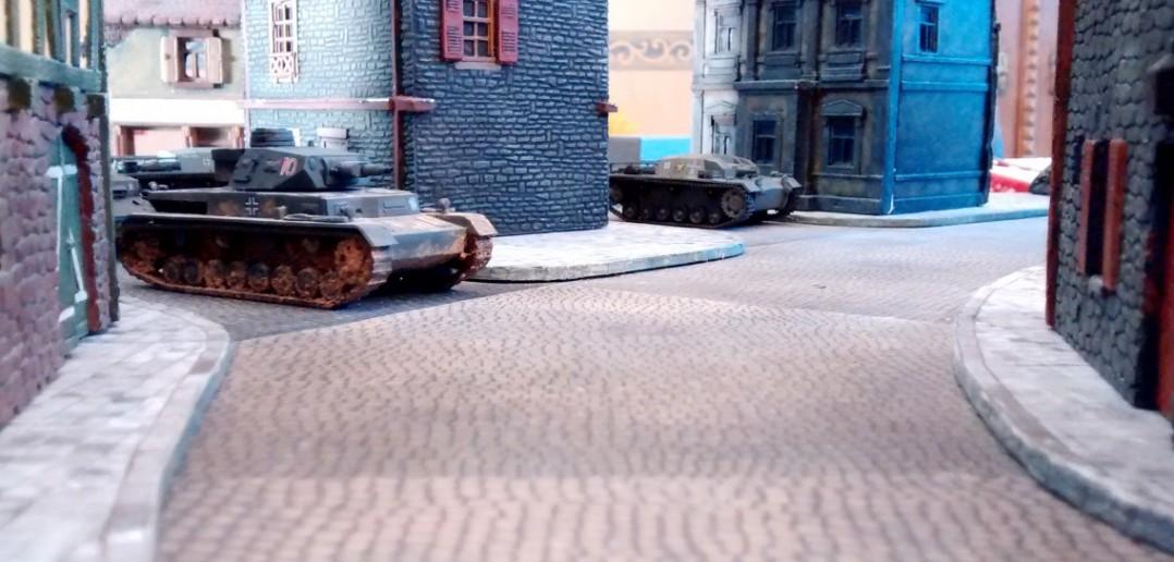 Doch reichen zwei Panzer IV wirklich aus, die beiden KV-2 zu knacken?