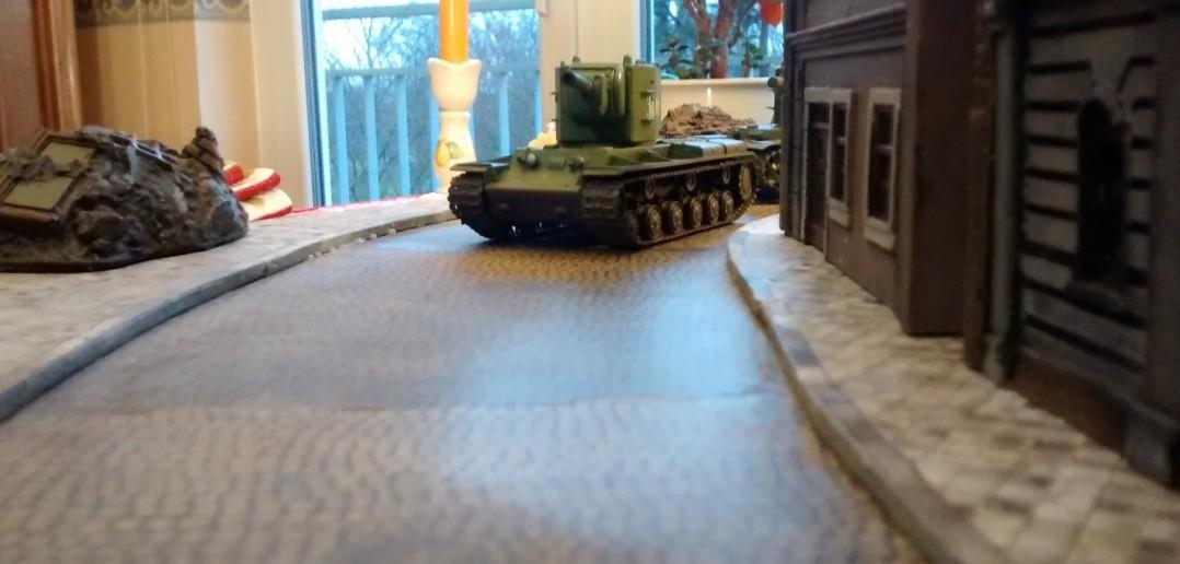 Allerdings muss der KV-2-Kommandant aufpassen, dass er nicht von Heck oder Seite gepackt wird.