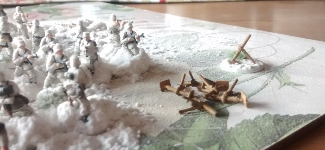 ToDo: die fünf schweren Mörserleins wollen noch auf die Base. General Ponal ist bereits im Anmarsch...