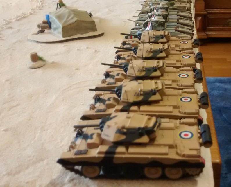 Die britische Panzertruppe der British 7th Armoured Division hat durchaus ein paar zähe Brocken drin. Die Crusader Mk. II sind zwar etwas dünnhäutiger, dafür zahlreich. Die britischen Tanks Grant und Matilda haben große Wummen oder sind dick gepanzert. Man darf also gespannt sein.