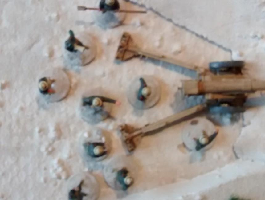 Ebenfalls von der Division Folgore wird die Cannone da 149/40 gestellt. Das Artilleriestück reicht mit seiner Reichweite von 120cm weit über das Wadi Tarfaui hinaus.
