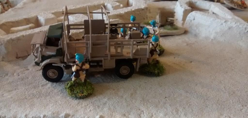 Frische Indische Truppen treffen ein.