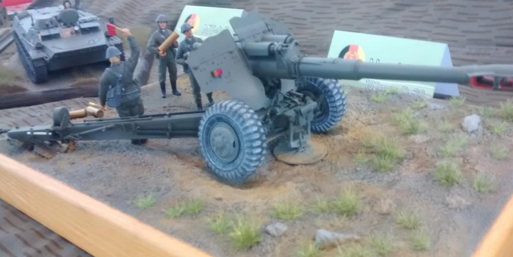 Noch ein Foto der Haubitze 152mm D-20 der NVA