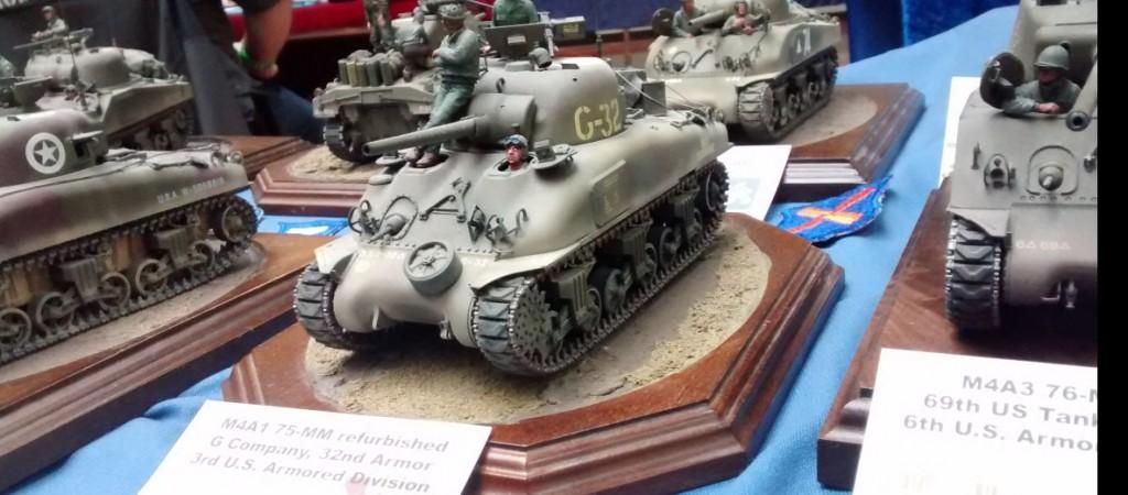 Hauke Krapf aus Neuss zeigt hier den M4A1 Sherman mit der 75mm-Kanone der 3. US-Panzerdivision. Das Modell im Maßstab 1:35 stammt von TASCA.