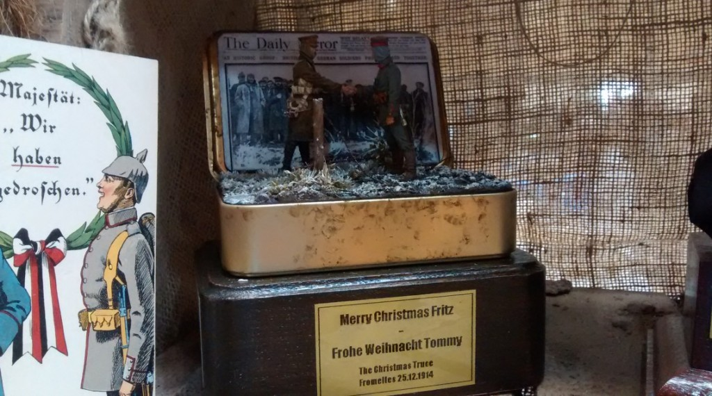 Merry Christmas, Fritz, Frohe Weihnacht, Tommy.