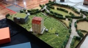 Das Château Tailleville steht schon, die Prinzessin wird gleich auf dem Balkon erscheinen.