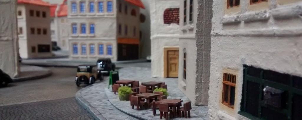Vers Jacques: le petit café dans la banlieue