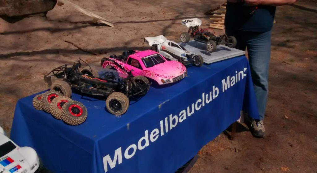 RC Car Racing am Tag der offenen Tür beim 1. Modellbauclub Mainz