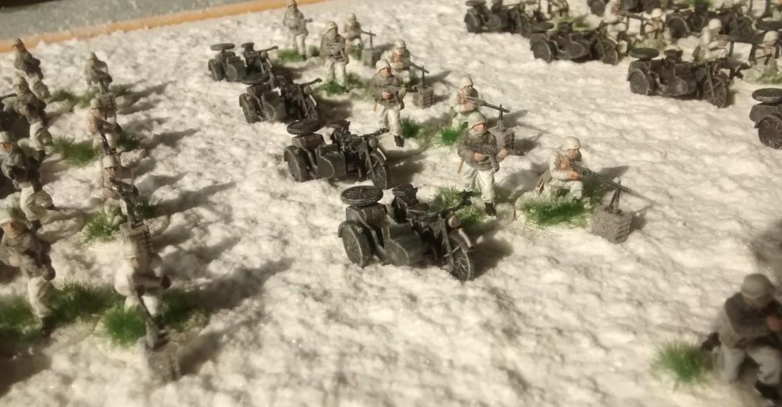 Sturmtigers Mannen - Seite 15 Kradschuetzen-Bataillon-64-01