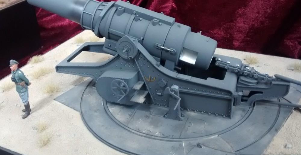 42cm-Haubitze 17 von Tacom