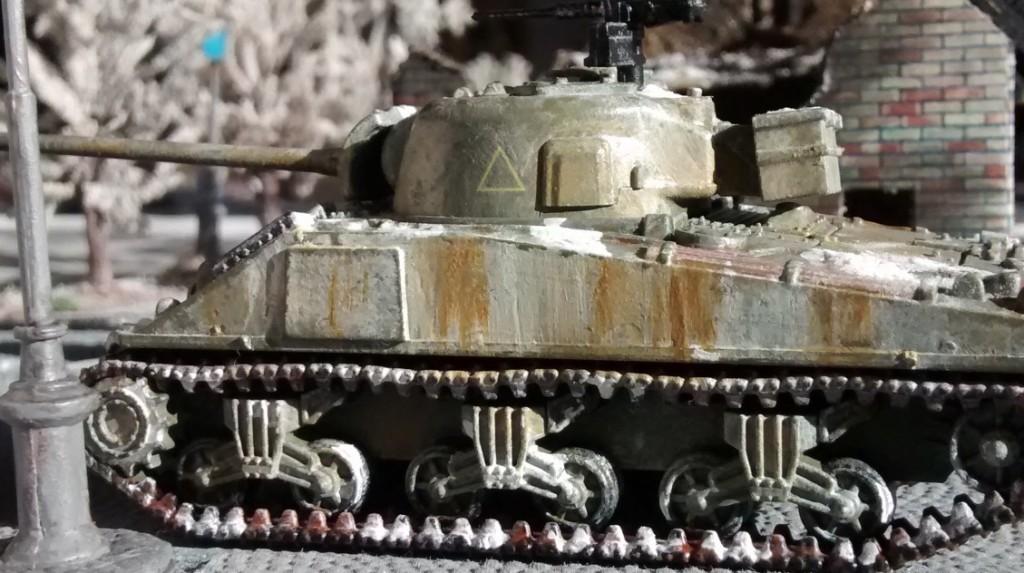M4A4 Sherman auf der Behind-Omaha-Spielplatte