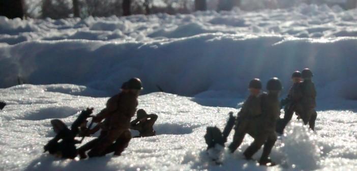 Russische MG-Schützen beim Stellungswechsel