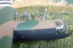 """Tisch 6 Szenario """"D-Day, 1944, Luftlandung, Eroberung Chateau Tailleville"""" Spielplatte """"Saint-Aubin-Sur-Mer"""", Abschnitt Bocage-Landschaft 120 x 180cm"""