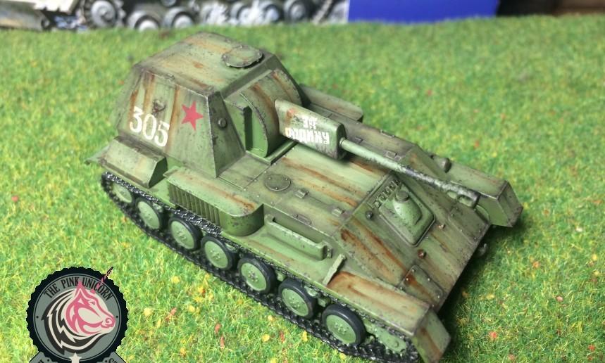Und nochmal von der Seite schräg geblitzt: SU-76 Selbstfahrlafette von UM Ukraine Models (Art.No 304)
