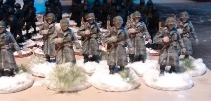Hier die anderen 8 GIs für die 99th Infantry Division.