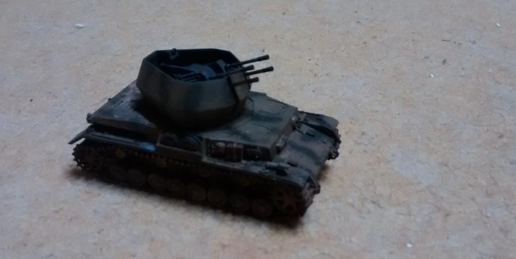 Ein Flakpanzer (2 cm) mit Fahrgestell Panzer IV (Sd.Kfz. 161/4) - vom gleichen Modellbauer gefertigt.