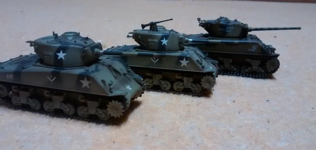 Drei weitere M4 Sherman aus der Sturmi Army
