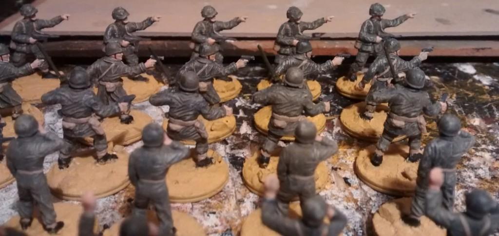 Hier schwere Waffen und das Offizierskorps der 69. US Infanterie Division.