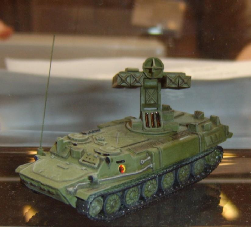 "Das Fla-Rak-System SA-13 Gopher der NVA. Originalbezeichnung: ZRK BD 9K35 ""Strela-10"""