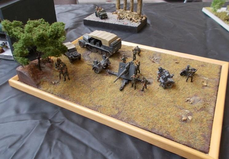 Die Acht-Acht-Flak auf diesem Diorama lauert förmlich auf den nächsten T-34...