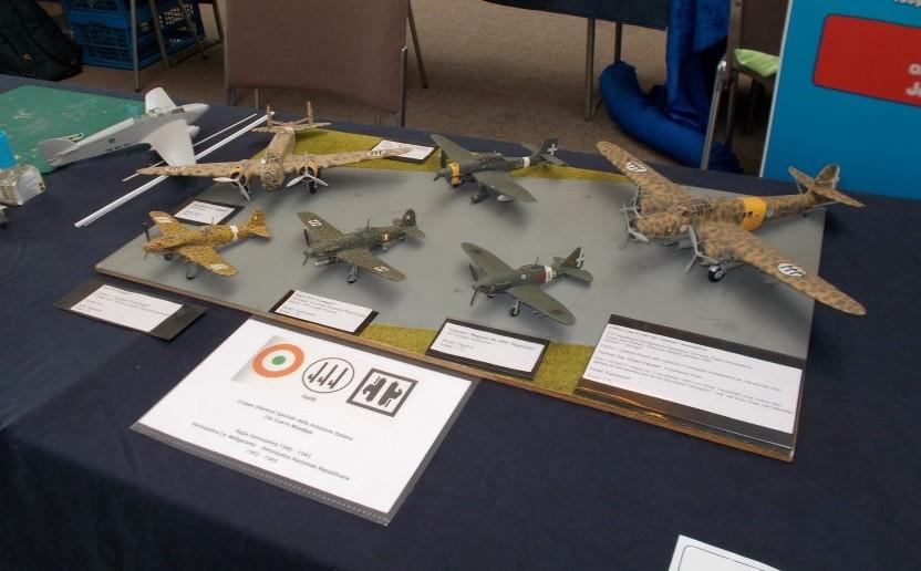 Verschiedene Flugzeuge der Regia Aeronautica