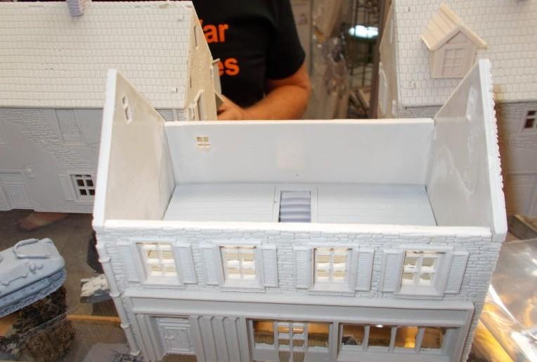 Auch Gebäude werden von Early War Miniatures angeboten.