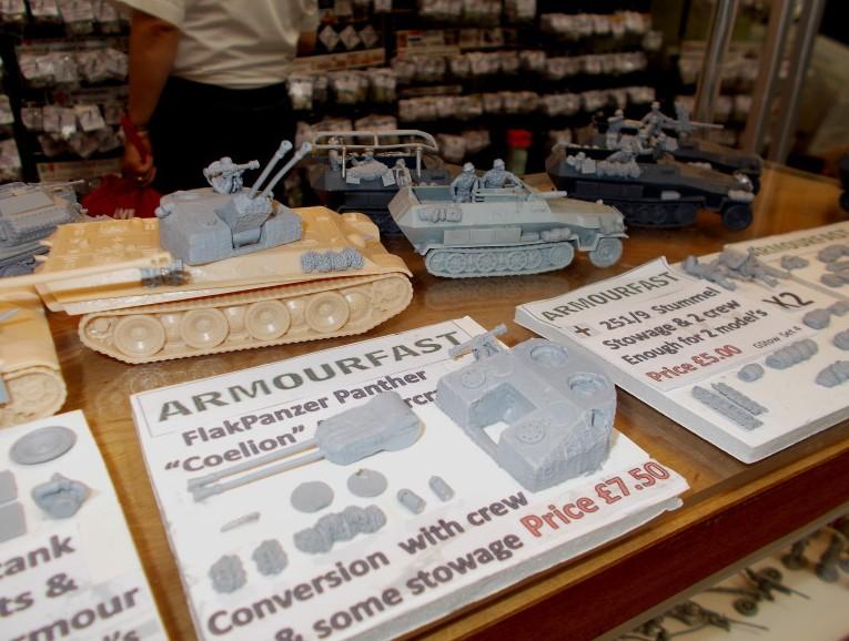"""Wer aus seinem """"gewöhnlichen"""" Panzerkampfwagen V Panther einen Flakpanzer machen möchte, dem sei der Umrüstsatz von Early War Miniatures empfohlen."""