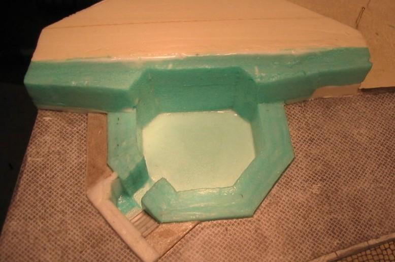 Auch der Zugang zum Pak-Bunker des WN27 per Treppe wird von Plasti nachgebildet.
