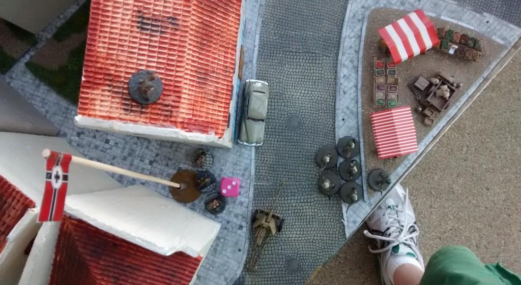 Sergeant Chippi eröffnet das Feuer auf den Trupp von Leutnant Schuster.