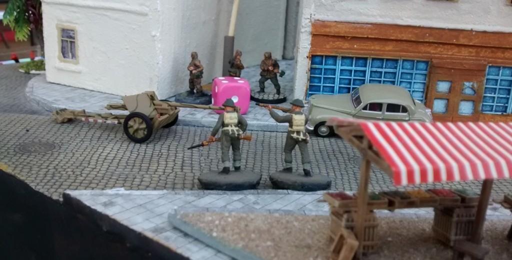 Sergeant Chippis Trupp bekämpft mit wenig Erfolg die Panzergrenadiere von Leutnant Schuster.