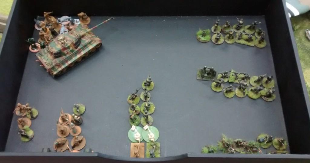 Hier sieht man Jarnos Kaserne. Die letzten Reserven werden erst später an die Front geschickt und verbleiben erstmal in der Kaserne.