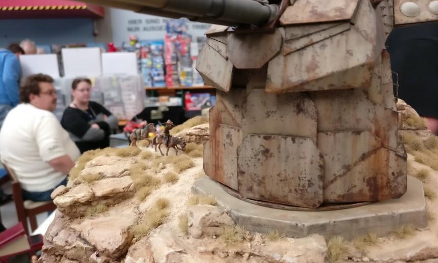 Die salzhaltige Seeluft an Ikizazias Küste hat dem Stahl der Küstenbatterie Ikizaz-29 bereits schwer zugesetzt. 147 Jahre sind schon eine lange Zeit.
