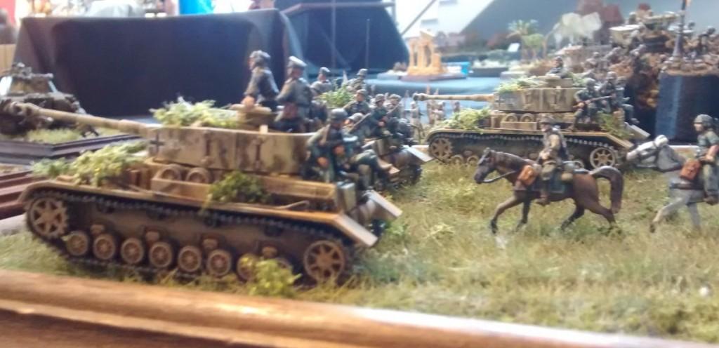 Drei Panzer IV Ausf. H auf einem Diorama der Kurpfälzer Figurenfreunde