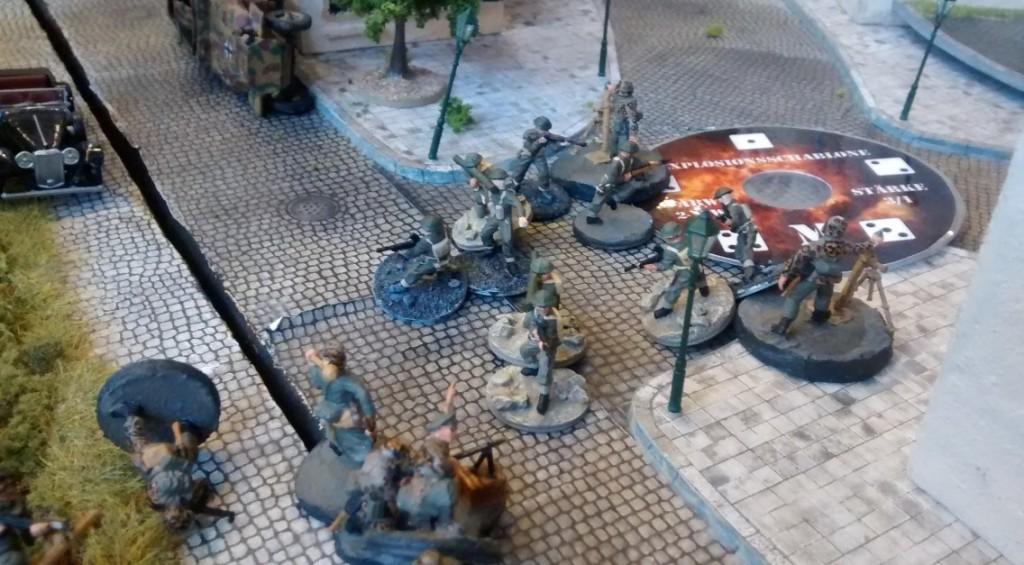 Aber auch die Infanterie stand sich auf wenige Schritt entfernt gegenüber.